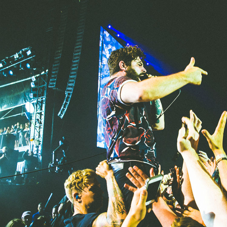 Foals headlining Reading Festival 2016 with Disclosure collaboration
