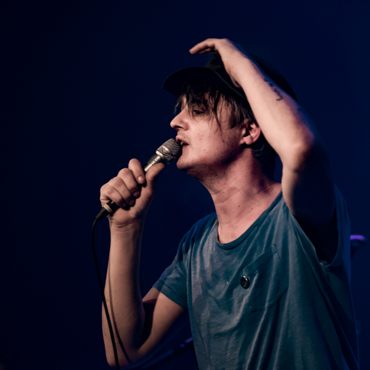 21 awesome shots of Pete Doherty and the Puta Madres at Melkweg, Amsterdam, 13/03//17