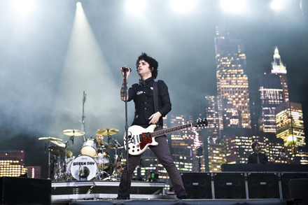 Green Day Confirm New Album Dvd Awesome As F Ck Gigwise