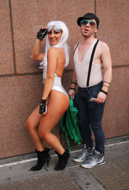 Russell Brand Wants Lady Gaga Lesbian Show With Taylor
