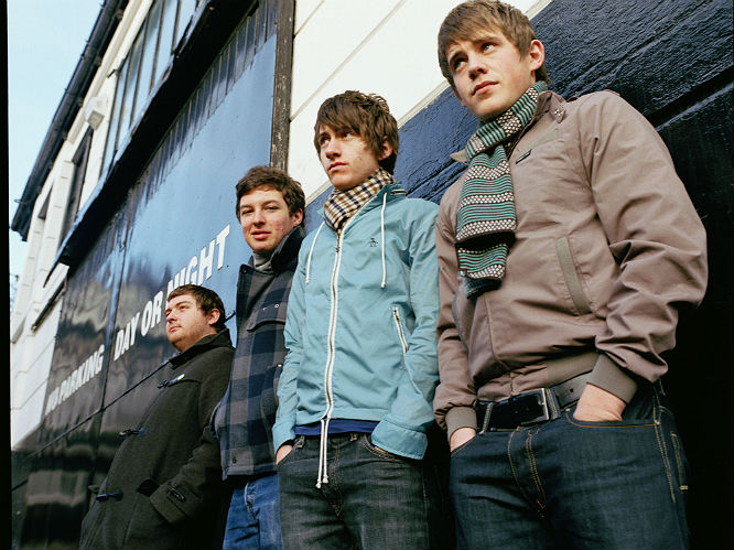 Curtains Ideas curtains close arctic monkeys : 11 years since their first: Arctic Monkeys' 17 most important gigs ...
