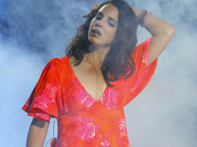 Lana Del Rey Reveals New Artwork For Ultraviolence Of