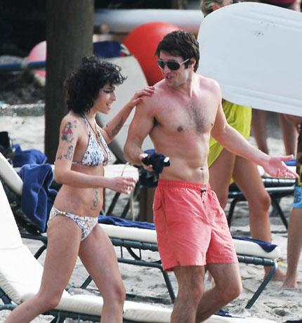 Amy Winehouse: 'I've Stopped Taking Drugs' | Gigwise Amy Winehouse Back To Black