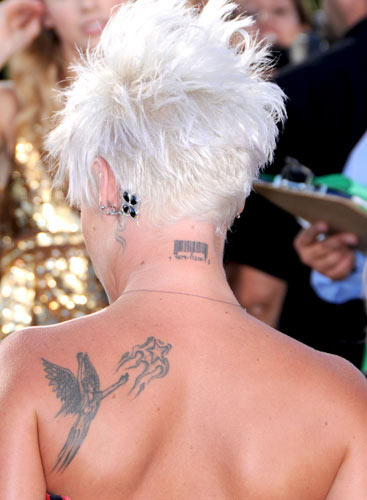 Cheryl Cole Neck Tattoo
