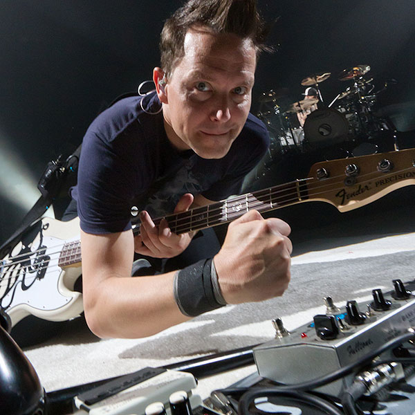 blink 182 to replace travis barker for 2013 dates gigwise